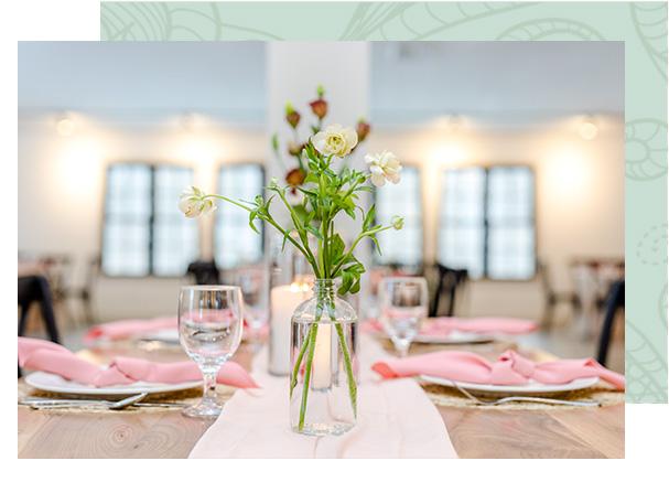 Flowers on wedding table.