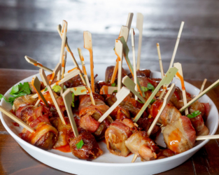 Event food - bacon wrapped sausage skewers